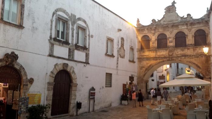 Vecchio Seminario and the Scoppa Arch